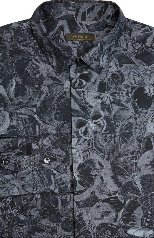 Хлопковая рубашка с принтом ValentinoРубашки<br>Серая рубашка с воротником кент украшена мотивом Camubutterfly Noir в виде бабочек, характерным для одежды из осенне-зимней коллекции 2016 года. Мастера марки, основанной Валентино Гаравани, произвели модель из мягкого хлопка.<br><br>Российский размер RU: 40<br>Пол: Мужской<br>Возраст: Взрослый<br>Размер производителя vendor: 40<br>Материал: Хлопок: 100%;<br>Цвет: Серый