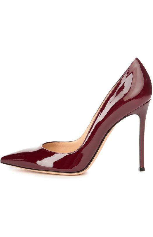 Лаковые туфли Gianvito 105 на шпильке Gianvito RossiТуфли<br>Джанвито Росси обновил цветовую гамму туфель-лодочек Gianvito 105. Модель на высоком тонком каблуке с зауженным мысом вошла в коллекцию сезона осень-зима 2016 года. Для изготовления обуви мастера бренда использовали гладкую лакированную кожу бордового цвета.<br><br>Российский размер RU: 40<br>Пол: Женский<br>Возраст: Взрослый<br>Размер производителя vendor: 40-5<br>Материал: Кожа натуральная: 100%; Стелька-кожа: 100%; Подошва-кожа: 100%;<br>Цвет: Бордовый