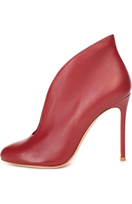 Кожаные ботильоны Vamp на шпильке Gianvito RossiБотильоны<br>Ботильоны на высоком тонком каблуке, с глубоким вырезом произведены мастерами бренда вручную из матовой гладкой кожи красного цвета. Джанвито Росси включил модель Vamp в коллекцию сезона осень-зима 2016 года.<br><br>Российский размер RU: 36<br>Пол: Женский<br>Возраст: Взрослый<br>Размер производителя vendor: 36<br>Материал: Кожа натуральная: 100%; Стелька-кожа: 100%; Подошва-кожа: 100%;<br>Цвет: Красный