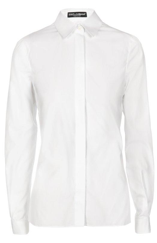 Приталенная хлопковая блуза Dolce &amp; GabbanaБлузы<br>Доменико Дольче и Стефано Габбана выбрали для пошива белой приталенной рубашки из осенне-зимней коллекции 2016 года тонкий хлопок. Модель дополнена потайной застежкой. На спинке – вертикальная планка. Нам нравится сочетать с прямой юбкой и босоножками на шпильке.<br><br>Российский размер RU: 40<br>Пол: Женский<br>Возраст: Взрослый<br>Размер производителя vendor: 38<br>Материал: Хлопок: 100%;<br>Цвет: Белый