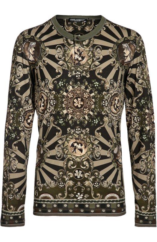 Хенли с принтом Dolce &amp; GabbanaФутболки<br><br><br>Российский размер RU: 48<br>Пол: Мужской<br>Возраст: Взрослый<br>Размер производителя vendor: 46<br>Материал: Хлопок: 100%;<br>Цвет: Хаки