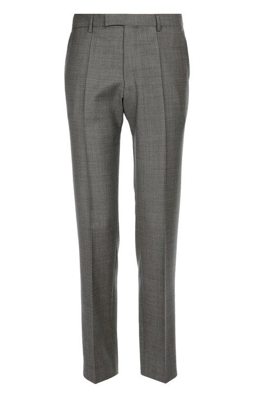 Классические брюки из фактурной шерсти BOSSБрюки<br>Серые брюки прямого кроя вошли в осенне-зимнюю коллекцию 2016 года. Мастера бренда выполнили модель со стрелками вручную из мягкой фактурной шерсти. Рекомендуем сочетать с темно-розовым поло с длинным рукавом и коричневыми брогами.<br><br>Российский размер RU: 56<br>Пол: Мужской<br>Возраст: Взрослый<br>Размер производителя vendor: 56<br>Материал: Шерсть: 100%;<br>Цвет: Серый