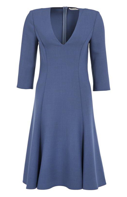 Приталенное платье с укороченным рукавом и V-образным вырезом Dorothee SchumacherПлатья<br>Доротея Шумахер выбрала для создания модели с расклешенным подолом эластичную шерсть голубого цвета. Короткое платье с рукавами 3/4 и глубоким V-образным вырезом вошло в осенне-зимнюю коллекцию 2016 года. Изделие застегивается сзади на потайную молнию.<br><br>Российский размер RU: 44<br>Пол: Женский<br>Возраст: Взрослый<br>Размер производителя vendor: 2<br>Материал: Полиэстер: 53%; Шерсть: 43%; Эластан: 4%;<br>Цвет: Голубой