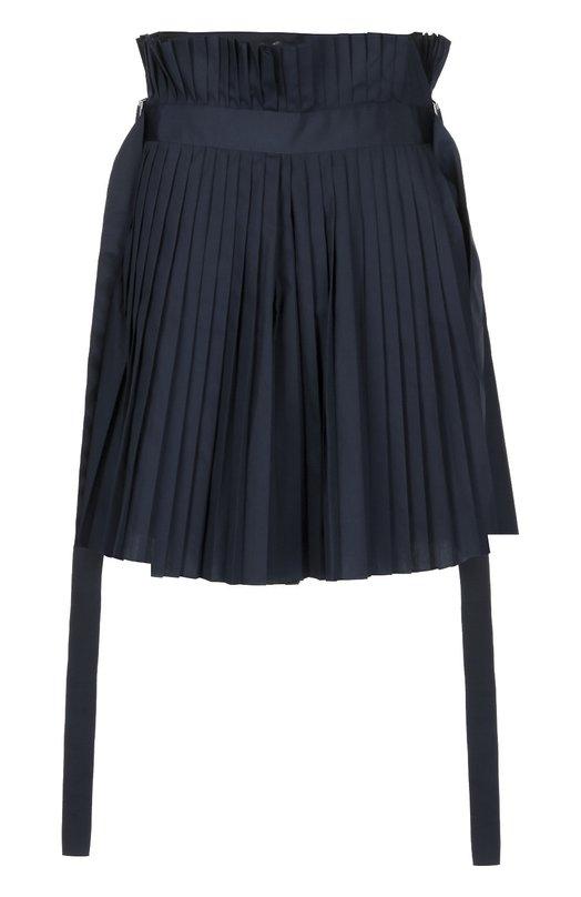 Плиссированная юбка-шорты с декоративными лентами SacaiЮбки<br>В весенне-летнюю коллекцию 2016 года вошла короткая юбка из плотного синего текстиля. Плиссированная модель декорирована широким длинными лентами с металлическими пряжками. Нам нравится сочетать с контрастной сумкой, темными сандалиями и пуловером.<br><br>Российский размер RU: 42<br>Пол: Женский<br>Возраст: Взрослый<br>Размер производителя vendor: 1<br>Материал: Полиэстер: 65%; Хлопок: 35%;<br>Цвет: Синий