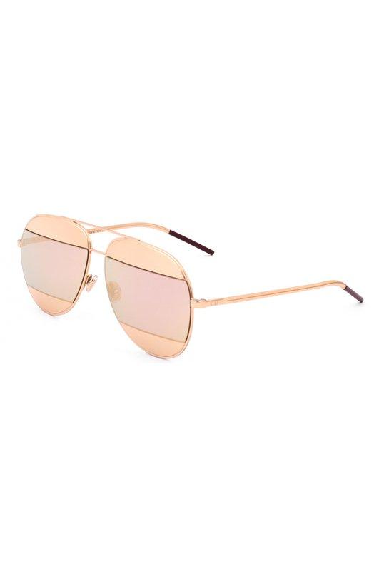 Солнцезащитные очки DiorОчки<br>Солнцезащитные очки Dior Split, дополненные зеркальными стеклами с широкими позолоченными вставками, вошли в осенне-зимнюю коллекцию 2016 года. Для создания круглой оправы с двойным мостом использован легкий полированный металл.<br><br>Пол: Женский<br>Возраст: Взрослый<br>Размер производителя vendor: NS<br>Цвет: Золотой