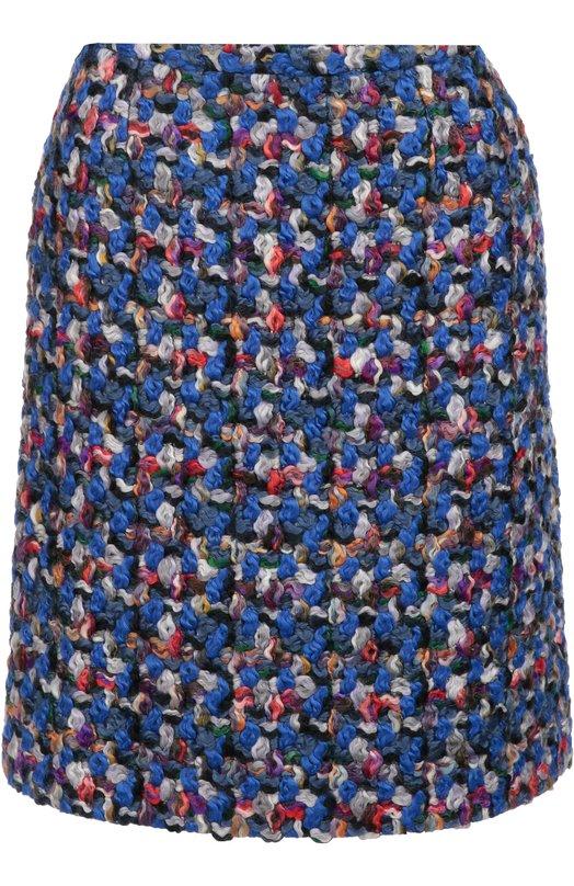 Буклированная мини-юбка прямого кроя Emilio PucciЮбки<br>Массимо Джорджетти включил в осенне-зимнюю коллекцию бренда, основанного Эмилио Пуччи короткую фактурную юбку синего цвета. Шерстяная модель прямого кроя застегивается на потайную молнию сзади. Наши стилисты рекомендуют носить с черными ботильонами и блузой, а также красным клатчем.<br><br>Российский размер RU: 48<br>Пол: Женский<br>Возраст: Взрослый<br>Размер производителя vendor: 46<br>Материал: Подкладка-купра: 59%; Подкладка-шелк: 41%; Шерсть овечья: 100%;<br>Цвет: Синий