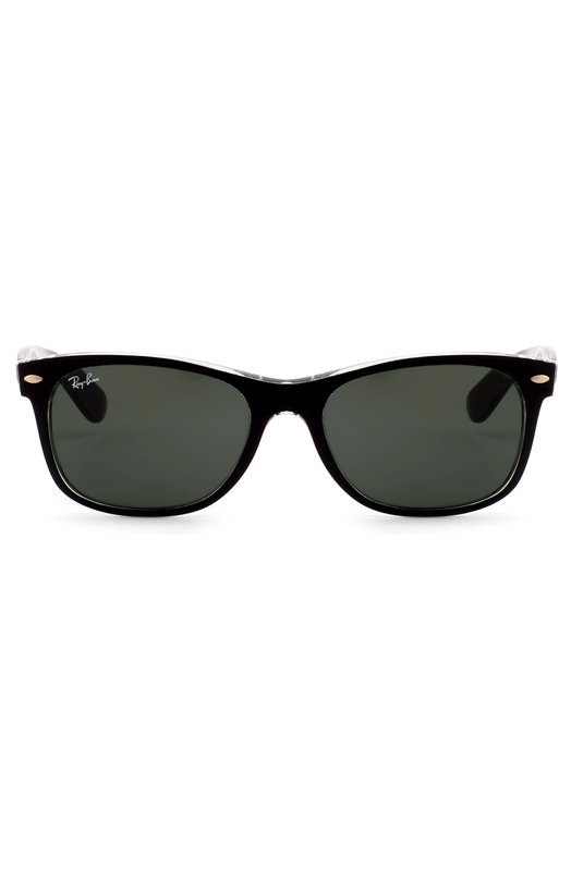 Солнцезащитные очки Ray-BanОчки<br>Модель Wayfarer вошла в осенне-зимнюю коллекцию 2016 года. Для создания сверхлегкой оправы был использован легкий прочный пластик двух видов: прозрачный и матовый черный. Солнцезащитные очки дополнены широкими дужками с золотистой надписью в виде логотипа бренда.<br><br>Пол: Мужской<br>Возраст: Взрослый<br>Размер производителя vendor: NS<br>Цвет: Черный