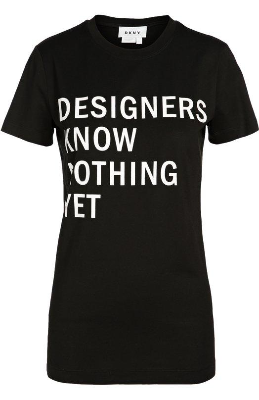 Футболка прямого кроя с круглым вырезом и контрастной надписью DKNYФутболки<br>Дизайнеры бренда включили черную футболку с надписью «Designers Know Nothing Yet» в осенне-зимнюю коллекцию 2016 года. Модель с круглым вырезом и короткими рукавами выполнена из плотного гладкого хлопка. Нам нравится носить с джинсовой мини-юбкой и белыми кедами.<br><br>Российский размер RU: 42<br>Пол: Женский<br>Возраст: Взрослый<br>Размер производителя vendor: S<br>Материал: Хлопок: 100%;<br>Цвет: Черный