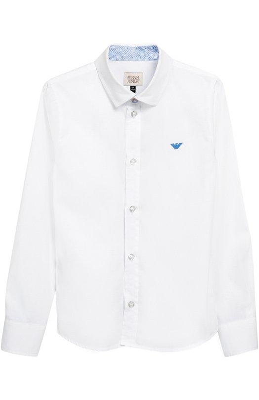 Классическая рубашка с воротником кент Giorgio ArmaniРубашки<br>Белая рубашка с длинными рукавами и воротником кент вошла в коллекцию сезона осень-зима 2016 года. Модель прямого кроя выполнена из тонкого хлопка поплина. Спереди — эмблема бренда, вышитая голубой шелковой нитью.<br><br>Размер Years: 9<br>Пол: Мужской<br>Возраст: Детский<br>Размер производителя vendor: 134-140cm<br>Материал: Хлопок: 100%;<br>Цвет: Белый