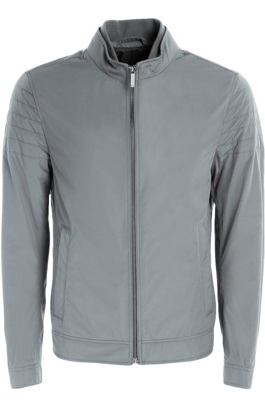 Куртка на молнии с воротником-стойкой HUGO BOSS Black LabelКуртки<br>Куртка Cuinn с двумя внутренними и двумя боковыми карманами на молнии вошла в осенне-зимнюю коллекцию 2016 года. Модель с длинными, простеганными на плечах рукавами сшита из непромокаемого нейлона, воротник-стойка – из мягкого трикотажа.<br><br>Российский размер RU: 56<br>Пол: Мужской<br>Возраст: Взрослый<br>Размер производителя vendor: 56<br>Материал: Полиамид: 100%;<br>Цвет: Серый