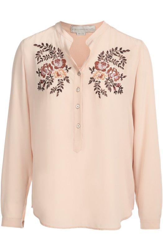 Шелковая блуза с воротником-стойкой и цветочной вышивкой Stella McCartneyБлузы<br>Стелла Маккартни украсила блузу из мягкого светло-розового шелка контрастной цветочной вышивкой, характерной для коллекции сезона осень-зима 2016 года. Модель с длинным рукавом и воротником-стойкой дополнена короткой планкой с пуговицами. Рекомендуем носить с расклешенными джинсами и туфлями в тон.<br><br>Российский размер RU: 44<br>Пол: Женский<br>Возраст: Взрослый<br>Размер производителя vendor: 42<br>Материал: Шелк: 100%;<br>Цвет: Светло-розовый