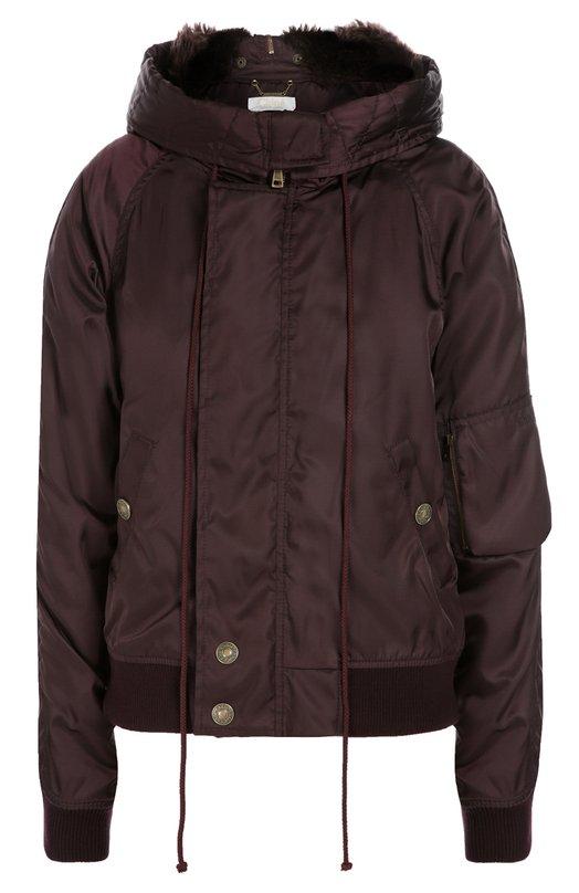 Утепленная куртка с капюшоном и меховой отделкой Chlo?Куртки<br>Утепленная куртка вошла в осенне-зимнюю коллекцию 2016 года. Модель из плотного гладкого текстиля дополнена капюшоном с меховой отделкой. Изделие с двумя карманами застегивается на потайную молнию. Советуем носить с бежевыми юбкой и джемпером, а также с темными сапогами.<br><br>Российский размер RU: 42<br>Пол: Женский<br>Возраст: Взрослый<br>Размер производителя vendor: 36<br>Материал: Полиамид: 100%; Отделка мех./овчина/: 100%;<br>Цвет: Бордовый