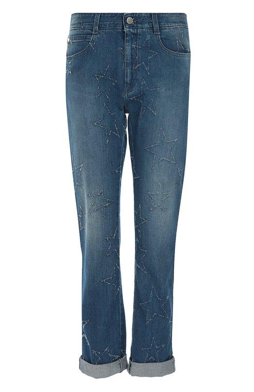 Джинсы Stella McCartneyДжинсы<br>Стелла Маккартни включила в осенне-зимнюю коллекцию 2016 года синие укороченные джинсы с потертостями в виде звезд. Модель прямого кроя, с посадкой на талии сшита из эластичного органического хлопка. Советуем сочетать с голубой сумкой, белой футболкой и светлыми ботинками.<br><br>Российский размер RU: 52<br>Пол: Женский<br>Возраст: Взрослый<br>Размер производителя vendor: 31<br>Материал: Хлопок: 92%; Эластомультиэстер: 6%; Эластан: 2%;<br>Цвет: Синий