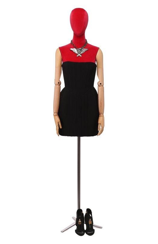 Приталенное платье-бюстье на молнии сзади BalmainПлатья<br>Мастера марки, основанной Пьером Бальманом, сшили приталенное платье-бюстье из плотного черного крепа. Модель из осенне-зимней коллекции 2016 года застегивается сзади на металлическую молнию, расположенную по всей длине платья. Наши стилисты советуют носить с золотистыми босоножками и клатчем.<br><br>Российский размер RU: 44<br>Пол: Женский<br>Возраст: Взрослый<br>Размер производителя vendor: 38<br>Материал: Вискоза: 100%; Подкладка-шелк: 100%;<br>Цвет: Черный
