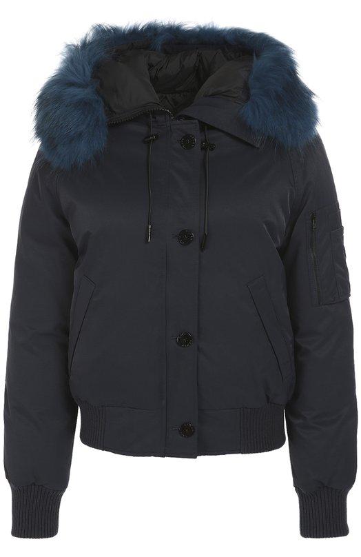 Утепленная куртка с капюшоном и отделкой из меха енота KenzoКуртки<br>Короткая темно-синяя парка, утепленная отборным утиным пухом, вошла в осенне-зимнюю коллекцию марки, основанной Кензо Такада. Модель с тремя карманами сшита из плотного непромокаемого нейлона. Капюшон отделан съемным мехом в тон.<br><br>Российский размер RU: 44<br>Пол: Женский<br>Возраст: Взрослый<br>Размер производителя vendor: M<br>Материал: Пух утиный: 90%; Отделка-шерсть: 45%; Отделка-акрил: 45%; Полиамид: 100%; Подкладка-полиамид: 100%; Отделка мех нат.: 100%; Отделка-лайкра:<br>Цвет: Темно-синий