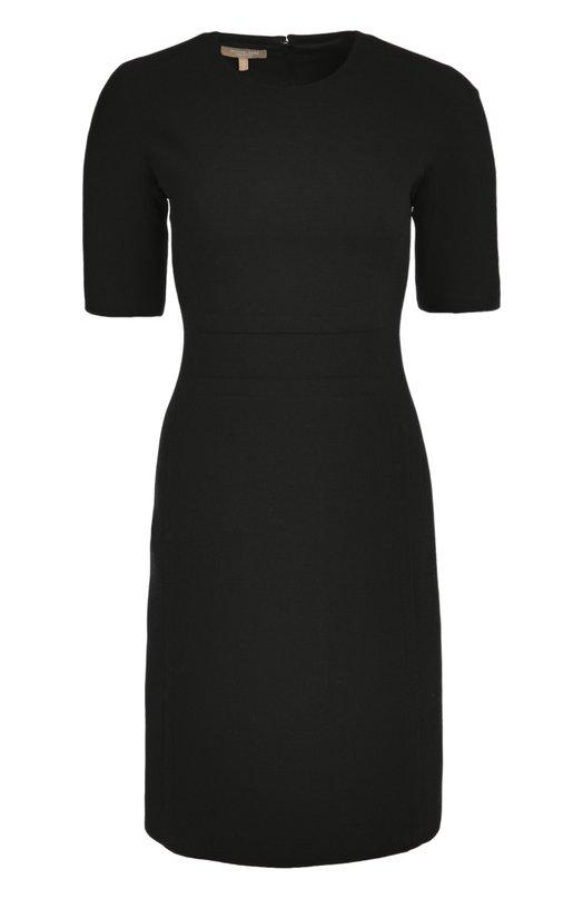 Шерстяное приталенное платье с коротким рукавом Michael KorsПлатья<br>Приталенное платье с короткими рукавами и круглым вырезом сшито из эластичного шерстяного крепа черного цвета. Майкл Корс дополнил модель из осенне-зимней коллекции 2016 года потайной молнией на спинке. Мы предлагаем носить с белым укороченным жакетом и темными туфлями.<br><br>Российский размер RU: 40<br>Пол: Женский<br>Возраст: Взрослый<br>Размер производителя vendor: 6<br>Материал: Шерсть: 99%; Подкладка-купра: 85%; Подкладка-эластан: 15%; Эластан: 1%;<br>Цвет: Черный