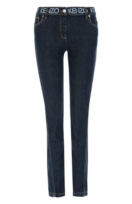 Джинсы прямого кроя со скошенным швом KenzoДжинсы<br>Умберто Леон и Кэрол Лим включили синие джинсы со смещенным боковым швом в осенне-зимнюю коллекцию 2016 года. Модель выполнена из плотного эластичного хлопка. Пояс декорирован принтом в виде логотипа бренда, основанного Кензо Такада. Советуем носить с белым свитшотом и темными кроссовками.<br><br>Российский размер RU: 48<br>Пол: Женский<br>Возраст: Взрослый<br>Размер производителя vendor: 42<br>Материал: Хлопок: 91%; Эластомультиэстер: 7%; Эластан: 2%;<br>Цвет: Темно-синий
