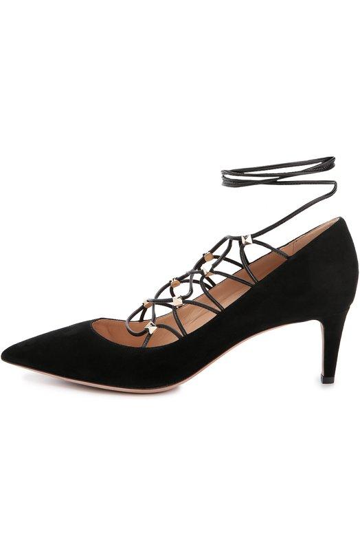 Замшевые туфли Rockstud Gladiator на шнуровке ValentinoТуфли<br>Черные туфли Rockstud Gladiator с зауженным мысом вошли в осенне-зимнюю коллекцию бренда, основанного Валентино Гаравани. Модель на каблуке средней высоты выполнена из бархатистой замши. Обувь фиксируется на щиколотке длинными шнурками, продетыми через шипы-пирамиды.<br><br>Российский размер RU: 38<br>Пол: Женский<br>Возраст: Взрослый<br>Размер производителя vendor: 38-5<br>Материал: Стелька-кожа: 100%; Подошва-кожа: 100%; Замша натуральная: 100%;<br>Цвет: Черный