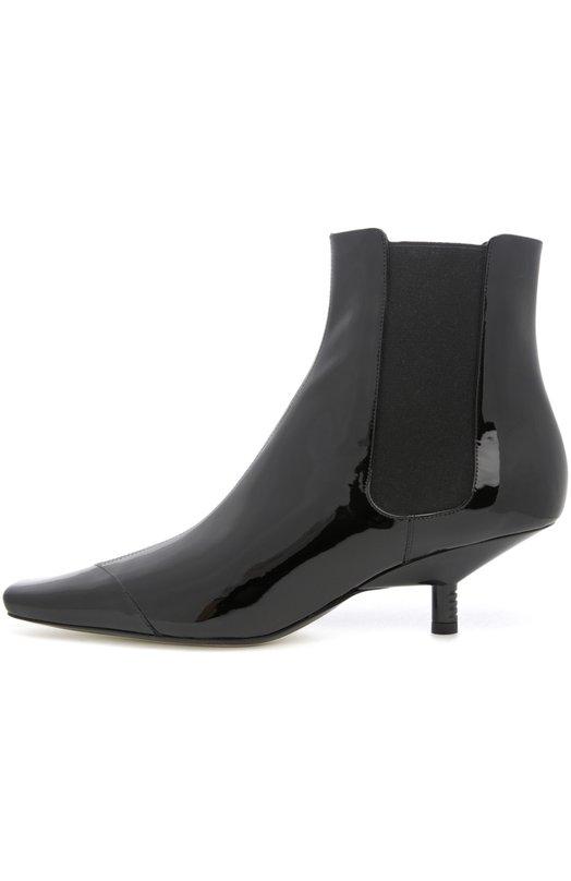Лаковые ботильоны с зауженным мысом LoeweБотильоны<br>Для изготовления ботильонов с вытянутым квадратным мысом, на невысоком каблуке kitten heel мастера бренда, основанного Энрике Лоэве, использовали гладкую лакированную кожу черного цвета. Благодаря эластичным боковым вставкам обувь легко надевать.<br><br>Российский размер RU: 39<br>Пол: Женский<br>Возраст: Взрослый<br>Размер производителя vendor: 39<br>Материал: Кожа натуральная: 100%; Стелька-кожа: 100%; Подошва-кожа: 100%;<br>Цвет: Черный