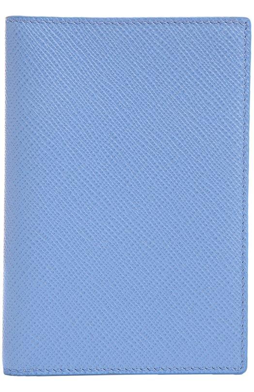 Кожаная обложка для паспорта SmythsonОбложки и футляры<br>Обложка для паспорта, украшенная золотистым тиснением в виде логотипа марки, вошла в коллекцию сезона осень-зима 2016 года. Аксессуар выполнен из прочной, устойчивой к царапинам сафьяновой кожи небесно-голубого оттенка, внутренняя часть — из гладкой матовой кремового цвета.<br><br>Пол: Женский<br>Возраст: Взрослый<br>Размер производителя vendor: NS<br>Материал: Кожа натуральная: 100%;<br>Цвет: Голубой
