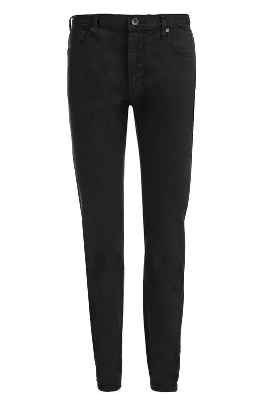 Джинсы прямого кроя Armani JeansДжинсы<br>Джорджио Армани включил джинсы черного цвета в коллекцию сезона осень-зима 2016 года. Для производства модели использован плотный хлопок стрейч. Пояс дополнен шлевками для широкого ремня. Рекомендуем носить с полосатым свитером и темными дерби.<br><br>Российский размер RU: 44<br>Пол: Мужской<br>Возраст: Взрослый<br>Размер производителя vendor: 28-34<br>Материал: Хлопок: 99%; Эластан: 1%;<br>Цвет: Черный