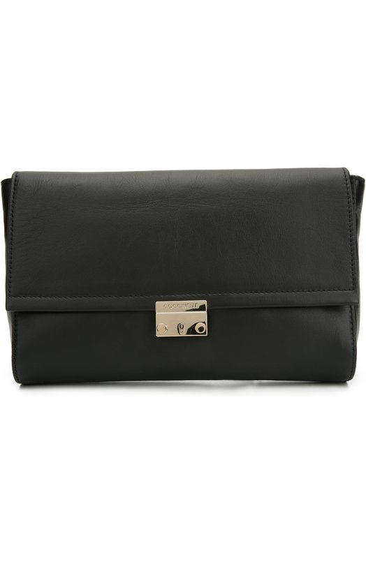 Кожаная сумка Calipso CoccinelleЖенские сумки<br>Дизайнеры марки включили сумку Calipsо в осенне-зимнюю коллекцию 2016 года. Для создания модели с внутренним карманом на молнии использована матовая гладкая кожа черного цвета. В основное отделение поместятся кошелек, смартфон и паспорт. Аксессуар одинаково удобно носить как в руке, так и на плече.<br><br>Пол: Женский<br>Возраст: Взрослый<br>Размер производителя vendor: NS<br>Материал: Кожа натуральная: 100%;<br>Цвет: Черный