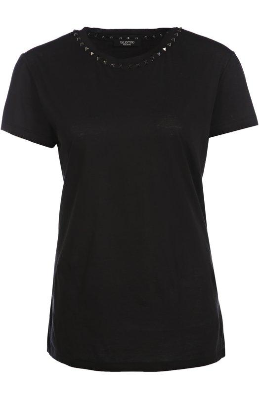 Хлопковая футболка прямого кроя с заклепками ValentinoФутболки<br><br><br>Российский размер RU: 52<br>Пол: Женский<br>Возраст: Взрослый<br>Размер производителя vendor: XL<br>Материал: Хлопок: 100%;<br>Цвет: Черный