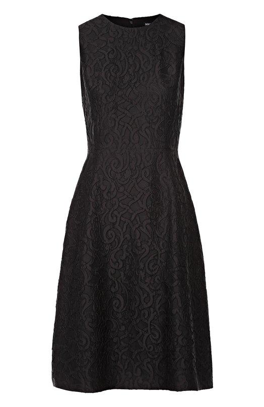 Кружевное приталенное платье без рукавов Dolce &amp; GabbanaПлатья<br>Доменико Дольче и Стефано Габбана включили в коллекцию сезона осень-зима 2016 года черное платье из мягкого кади с цветочным узором, вышитым в технике ришелье. Приталенная модель с круглым вырезом, без рукавов застегивается на молнию сзади. Рекомендуем сочетать с туфлями на высокой шпильке.<br><br>Российский размер RU: 40<br>Пол: Женский<br>Возраст: Взрослый<br>Размер производителя vendor: 38<br>Материал: Подкладка-шелк: 86%; Подкладка-хлопок: 8%; Акрил: 7%; Ацетат: 53%; Полиэстер: 40%; Подкладка-эластан: 4%; Подкладка-полиамид: 2%;<br>Цвет: Черный