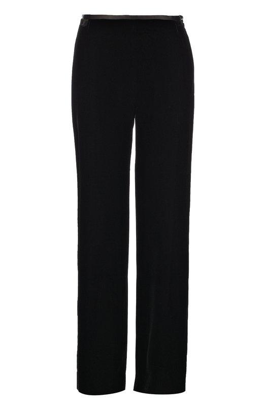 Бархатные брюки прямого кроя Armani CollezioniБрюки<br>Для создания прямых брюк Джорджио Армани выбрал мягкий бархат черного цвета. Модель из осенне-зимней коллекции 2016 года застегивается на потайную боковую молнию. Наши стилисты рекомендуют сочетать с туфлями и клатчем в тон, а также с серой блузой.<br><br>Российский размер RU: 40<br>Пол: Женский<br>Возраст: Взрослый<br>Размер производителя vendor: 38<br>Материал: Вискоза: 65%; Купра: 35%;<br>Цвет: Черный