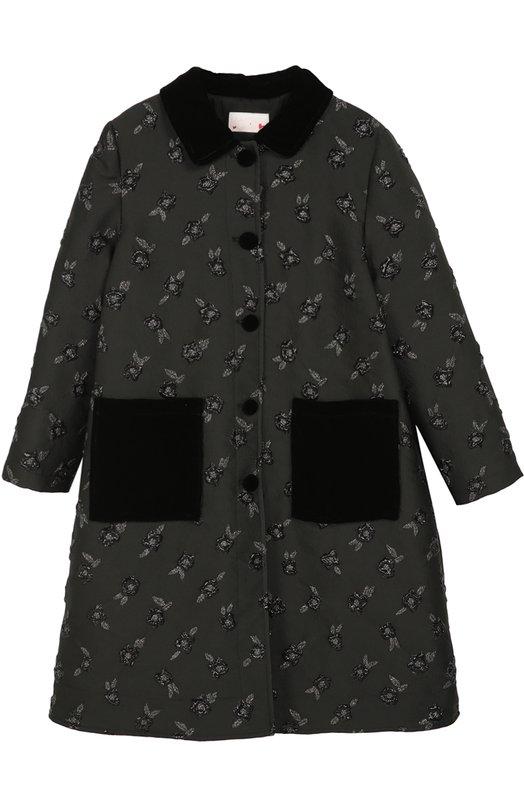 Пальто с принтом и накладными карманами LanvinВерхняя одежда<br>Черное пальто с небольшой кокеткой и складками сзади сшито из фактурной ткани брокад с вышитым цветочным узором. Такой же материал дизайнеры использовали в женской коллекции сезона осень-зима 2016 года, поэтому это пальто может стать основной образа дочки look-alike, повторяющего наряд мамы.<br><br>Размер Years: 10<br>Пол: Женский<br>Возраст: Детский<br>Размер производителя vendor: 140-146cm<br>Материал: Полиэстер: 74%; Шелк: 15%; Полиамид: 11%; Подкладка-хлопок: 100%;<br>Цвет: Черный