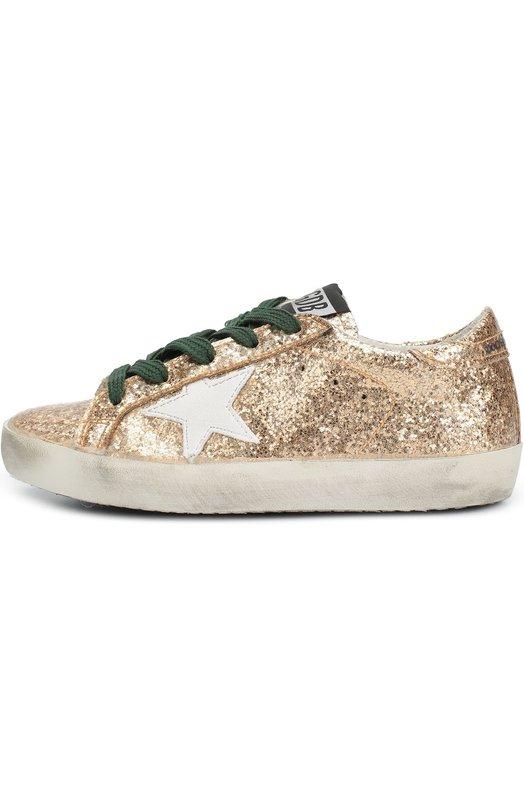 Кеды с глиттером и нашивкой Golden GooseСпортивная обувь<br>Кеды из мягкого текстиля, покрытого золотистым глиттером, украшены по бокам кожаными аппликациями в виде звезд. Широкая подошва выполнена из специально состаренной гибкой резины. Модель вошла в коллекцию сезона осень-зима 2016 года.<br><br>Российский размер RU: 30<br>Пол: Женский<br>Возраст: Детский<br>Размер производителя vendor: 30<br>Материал: Стелька-кожа: 100%; Подошва-резина: 100%; Резина: 100%;<br>Цвет: Золотой