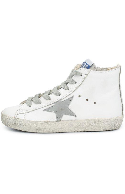 Высокие кожаные кеды с нашивкой Golden GooseСпортивная обувь<br>Высокие белые кеды Francy вошли в осенне-зимнюю коллекцию 2016 года. Модель из мягкой гладкой кожи украшена аппликацией в виде звезды из  замши. Обувь застегивается на боковую молнию. Широкая подошва обработана воском, поэтому темный рисунок не повторяется и может отличаться у похожих моделей.<br><br>Российский размер RU: 32<br>Пол: Женский<br>Возраст: Детский<br>Размер производителя vendor: 32<br>Материал: Кожа натуральная: 100%; Стелька-кожа: 100%; Подошва-резина: 100%;<br>Цвет: Белый