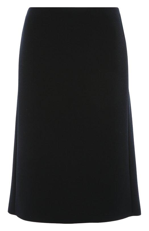 Юбка прямого кроя на молнии сзади Armani CollezioniЮбки<br>Джорджио Армани включил в коллекцию сезона осень-зима 2016 года однотонную юбку из гладкого тонкого текстиля темно-синего цвета. Модель чуть выше колена дополнена двухсторонней молнией, расположенной сзади. Советуем носить с бежевой водолазкой, коричневыми ботильонами и черной сумкой.<br><br>Российский размер RU: 48<br>Пол: Женский<br>Возраст: Взрослый<br>Размер производителя vendor: 46<br>Материал: Полиэстер: 100%;<br>Цвет: Синий