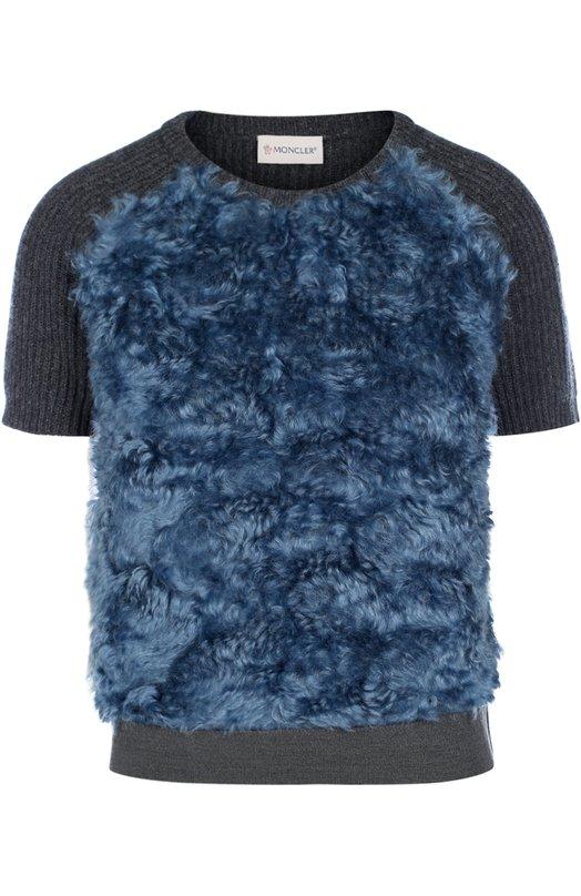 Вязаный топ с коротким рукавом и контрастной отделкой MonclerТопы<br>В осенне-зимнюю коллекцию 2016 года вошел темно-серый свитер с коротким рукавом и круглым вырезом. Модель фактурной вязки изготовлена из мягкой шерстяной пряжи, отделка ? из искусственного меха контрастного синего цвета. Попробуйте носить с брюками и сумкой в тон, а также черными ботильонами.<br><br>Российский размер RU: 44<br>Пол: Женский<br>Возраст: Взрослый<br>Размер производителя vendor: S<br>Материал: Шерсть: 70%; Мохер: 69%; Хлопок: 31%; Кашемир: 30%;<br>Цвет: Темно-серый