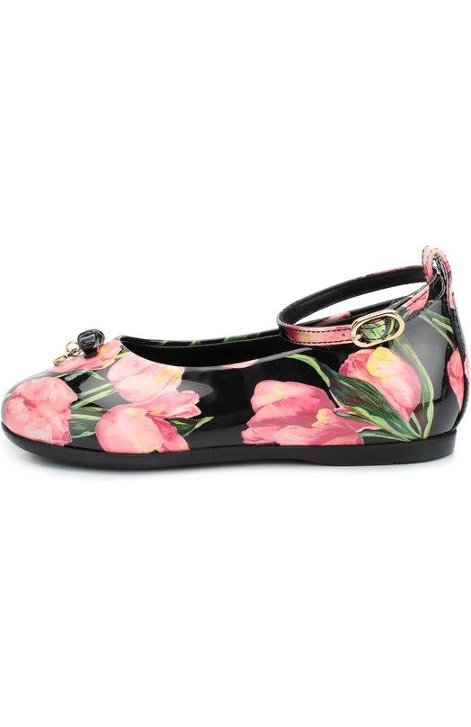 Лаковые туфли с принтом Dolce &amp; GabbanaТуфли<br>Туфли сшиты из лаковой кожи с принтом в виде тюльпанов. Этот рисунок стал лейтмотивомколлекции сезона осень-зима 2016. Обувь декорирована бантом и золотистой подвеской в виде сердца. Модель с круглым мысом и на тонкой подошве застегивается на ремешок с пряжкой.<br><br>Российский размер RU: 19<br>Пол: Женский<br>Возраст: Детский<br>Размер производителя vendor: 19<br>Материал: Кожа натуральная: 100%; Стелька-кожа: 100%; Подошва-резина: 100%;<br>Цвет: Розовый