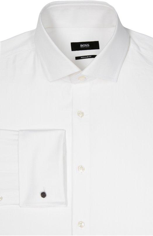 Хлопковая сорочка с воротником кент и французскими манжетами BOSSРубашки<br>В осенне-зимнюю коллекцию 2016 года вошла белая сорочка с длинными рукавами, французскими манжетами под запонки и воротником кент. Для пошива модели прямого кроя был выбран тонкий гладкий хлопок. Советуем носить с серым галстуком, темным костюмом и черными монками.<br><br>Российский размер RU: 41<br>Пол: Мужской<br>Возраст: Взрослый<br>Размер производителя vendor: 41<br>Материал: Хлопок: 100%;<br>Цвет: Белый