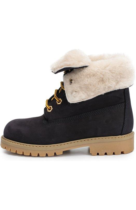 Кожаные ботинки на шнуровке GallucciБотинки<br>Синие ботинки на шнуровке, с отворотами вошли в коллекцию сезона осень-зима 2016 года. Модель выполнена вручную из мягкого нубука. Внутри — утеплитель из овчины. Литая подошва с низким каблуком и глубоким протектором крепится к верху по технологии Goodyear, что делает обувь более долговечной.<br><br>Российский размер RU: 27<br>Пол: Женский<br>Возраст: Детский<br>Размер производителя vendor: 27<br>Материал: Кожа натуральная: 100%; Подошва-резина: 100%; Стелька-овчина: 100%;<br>Цвет: Синий