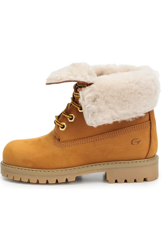 Кожаные ботинки на шнуровке GallucciБотинки<br>Бежевые ботинки на шнуровке, утепленные овчиной, вошли в осенне-зимнюю коллекцию 2016 года. Модель из мягкого нубука дополнена литой гибкой подошвой с низким каблуком и пробковой прослойкой. Благодаря технологии крепления Goodyear обувь не промокает и служит дольше.<br><br>Российский размер RU: 26<br>Пол: Женский<br>Возраст: Детский<br>Размер производителя vendor: 26<br>Материал: Кожа натуральная: 100%; Подошва-резина: 100%; Стелька-овчина: 100%;<br>Цвет: Бежевый