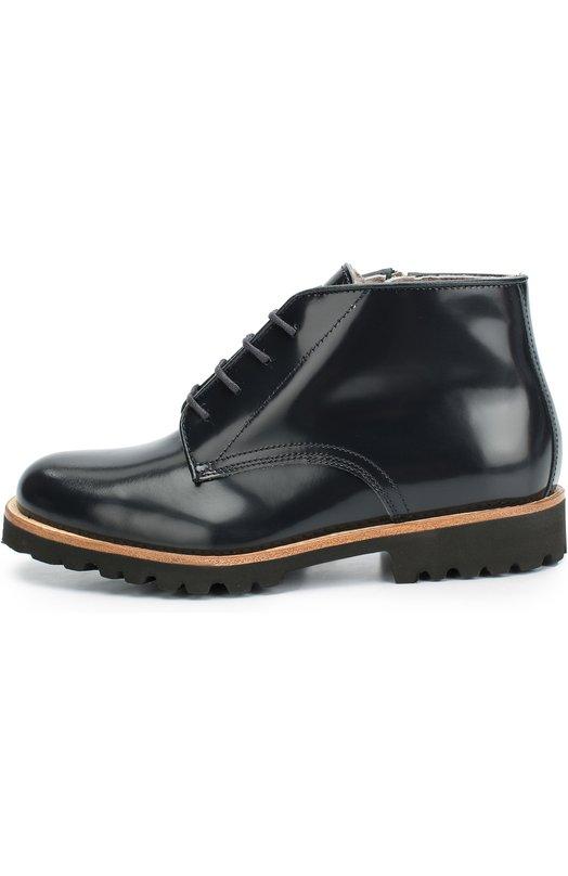 Кожаные ботинки с внутренней отделкой из меха GallucciБотинки<br>Синие ботинки на шнуровке, застегивающиеся на молнию, вошли в осенне-зимнюю коллекцию 2016 года. Модель, утепленная овчиной, выполнена вручную из гладкой кожи с матовым блеском. Литая подошва с низким каблуком крепится к верху по технологии Goodyear, поэтому обувь не промокает.<br><br>Российский размер RU: 40<br>Пол: Мужской<br>Возраст: Детский<br>Размер производителя vendor: 40<br>Материал: Кожа натуральная: 100%; Подошва-резина: 100%; Стелька-овчина: 100%;<br>Цвет: Синий