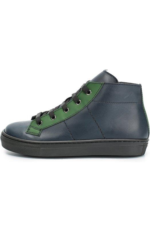Высокие кожаные кеды с цветной вставкой GallucciСпортивная обувь<br>Высокие синие кеды из гладкой мягкой кожи вошли в коллекцию сезона осень-зима 2016 года. Помимо шнуровки с зеленым основанием, модель на широкой резиновой подошве дополнена боковой молнией, которая защищена от случайного расстегивания ремешком с застежкой велькро.<br><br>Российский размер RU: 28<br>Пол: Мужской<br>Возраст: Детский<br>Размер производителя vendor: 28<br>Материал: Кожа натуральная: 100%; Стелька-кожа: 100%; Подошва-резина: 100%;<br>Цвет: Синий