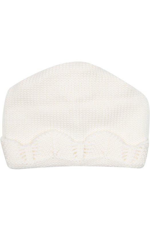 Вязаная шапка с декоративной отделкой CatyaАксессуары<br>При производстве белой шапки мастера бренда использовали гладкую мягкую шерсть мериноса. Модель, связанная вручную, вошла в осенне-зимнюю коллекцию 2016 года. Широкий отворот декорирован фактурным узором.<br><br>Размер Months: 4<br>Пол: Женский<br>Возраст: Для малышей<br>Размер производителя vendor: IV<br>Материал: Шерсть меринос: 100%;<br>Цвет: Белый