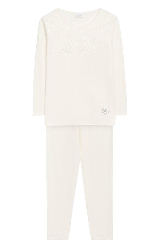 Пижама с кружевной вставкой La PerlaБельё<br>Для создания пижамы кремового цвета мастера марки использовали мягкий хлопок джерси. Топ с длинным рукавом украшен тонким кружевом и монограммой «LP», выложенной стразами. Брюки дополнены широкой резинкой. Комплект вошел в коллекцию сезона осень-зима 2016 года.<br><br>Размер Years: 4<br>Пол: Женский<br>Возраст: Детский<br>Размер производителя vendor: 104-110cm<br>Материал: Хлопок: 100%;<br>Цвет: Кремовый