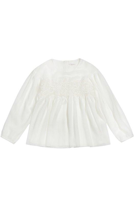 Блуза с кружевной выделкой Chlo?Блузы<br>Белоснежная блуза свободного кроя, с длинными рукавами вошла в коллекцию сезона осень-зима 2016 года. Мастера марки сшили модель из струящегося тонкого текстиля. На груди — вставка из кружева в тон. Изделие застегивается сзади на молнию.<br><br>Размер Years: 6<br>Пол: Женский<br>Возраст: Детский<br>Размер производителя vendor: 116-122cm<br>Материал: Полиэстер: 97%; Эластан: 3%; Подкладка-вискоза: 100%; Отделка-хлопок: 100%;<br>Цвет: Белый