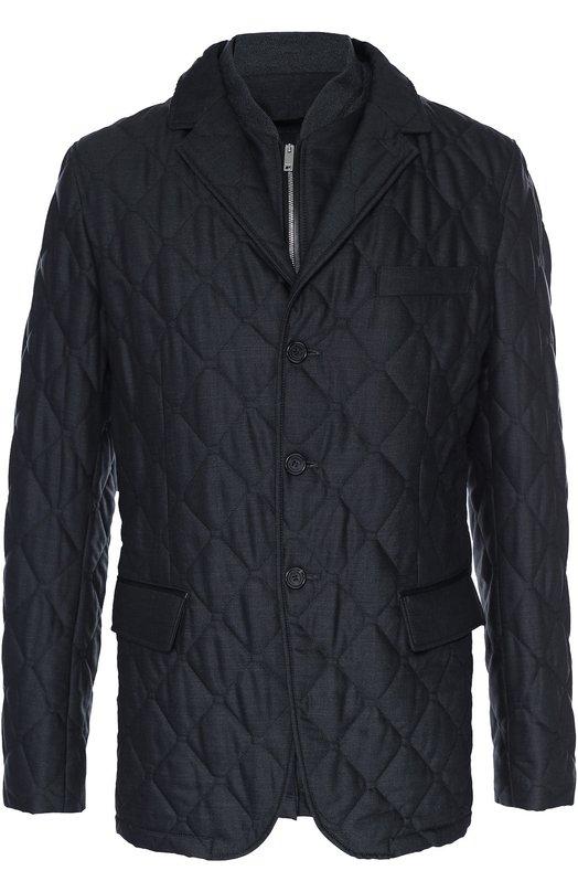 Утепленная шерстяная куртка на молнии BurberryКуртки<br>Для создания темно-серой стеганой куртки с тремя карманами использована плотная шерстяная ткань. Модель Montgomery из осенне-зимней коллекции 2016 года застегивается на молнию, спрятанную под планкой с пуговицами. Изделие дополнено съемной вставкой, обеспечивающей надежную защиту от холода и ветра.<br><br>Российский размер RU: 52<br>Пол: Мужской<br>Возраст: Взрослый<br>Размер производителя vendor: 52<br>Материал: Отделка-полиамид: 9%; Отделка-шелк: 89%; Отделка-эластан: 2%; Шерсть овечья: 100%; Подкладка-полиэстер: 100%; Отделка кожа натуральная: 100%<br>Цвет: Темно-серый