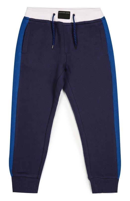 Хлопковые джоггеры с лампасами Marc JacobsСпорт<br>Темно-синие джоггеры с голубыми лампасами дополнены белыми деталями: эластичным поясом-кулиской и задним накладным карманом. Для создания модели из осенне-зимней коллекции 2016 года мастера бренда использовали мягкий хлопковый трикотаж.<br><br>Размер Years: 3<br>Пол: Мужской<br>Возраст: Детский<br>Размер производителя vendor: 98-104cm<br>Материал: Отделка-хлопок: 95%; Отделка-эластан: 5%; Хлопок: 100%;<br>Цвет: Синий