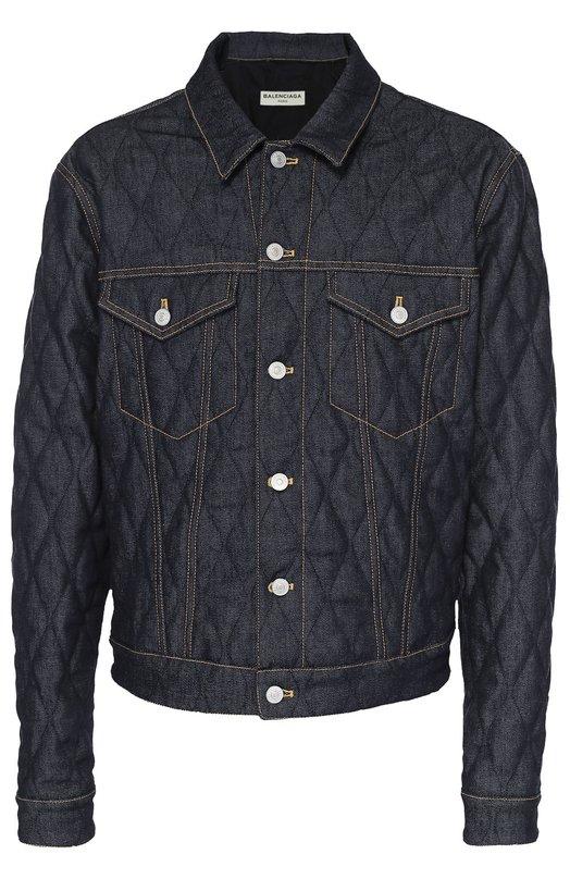 Стеганая джинсовая куртка с контрастной отстрочкой BalenciagaКуртки<br>Темно-синяя куртка из плотного стеганого денима вошла в осенне-зимнюю коллекцию 2016 года. Модель с двумя накладными карманами и контрастной строчкой табачного цвета застегивается на металлические болты. Советуем носить с белой рубашкой, джинсами в тон и черными полуботинками.<br><br>Российский размер RU: 56<br>Пол: Мужской<br>Возраст: Взрослый<br>Размер производителя vendor: 52<br>Материал: Хлопок: 98%; Эластан: 2%;<br>Цвет: Темно-синий