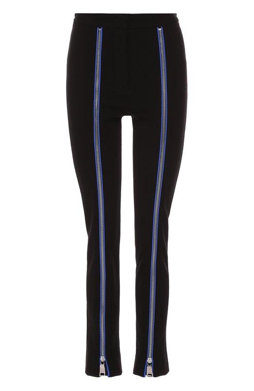 Брюки с контрастными декоративными молниями и завышенной талией Emilio PucciЛеггинсы<br>Облегающие черные брюки из мягкого эластичного текстиля вошли в осенне-зимнюю коллекцию 2016 года. Создавая модель, Массимо Джорджетти вдохновлялся горнолыжными костюмами, которые Эмилио Пуччи разработал в середине 1970-х годов. Вместо стрелок – молнии с контрастным синим кантом.<br><br>Российский размер RU: 40<br>Пол: Женский<br>Возраст: Взрослый<br>Размер производителя vendor: 38<br>Материал: Вискоза: 85%; Эластан: 4%; Полиамид: 11%; Отделка-шелк: 100%;<br>Цвет: Черный