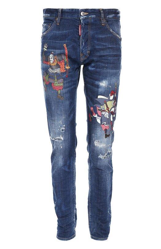 Зауженные джинсы с принтом Dsquared2Джинсы<br>Темно-синие джинсы с декоративными потертостями вошли в осенне-зимнюю коллекцию 2016 года. Модель Cool Guy сшита из плотного денима. Дин и Дэн Кейтены украсили брючины разноцветными принтами виде фигур японских воинов. Изделие застегивается на болты.<br><br>Российский размер RU: 48<br>Пол: Мужской<br>Возраст: Взрослый<br>Размер производителя vendor: 48<br>Материал: Хлопок: 98%; Эластан: 2%;<br>Цвет: Темно-синий