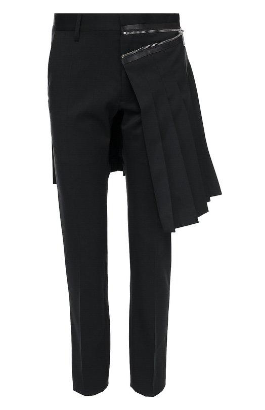 Шерстяные брюки Admiral с декоративным килтом Dsquared2Брюки<br>Черные брюки Admiral из мягкой шерсти вошли в коллекцию сезона осень-зима 2016 года. Укороченная модель с двумя боковыми карманами дополнена декоративным килтом со складками и молнией с кожаной отделкой. Советуем носить с белой рубашкой, а также пиджаком и дерби в тон.<br><br>Российский размер RU: 48<br>Пол: Мужской<br>Возраст: Взрослый<br>Размер производителя vendor: 48<br>Материал: Шерсть: 98%; Подкладка-вискоза: 65%; Подкладка-полиэстер: 35%; Эластан: 2%; Отделка кожа натуральная: 100%;<br>Цвет: Черный