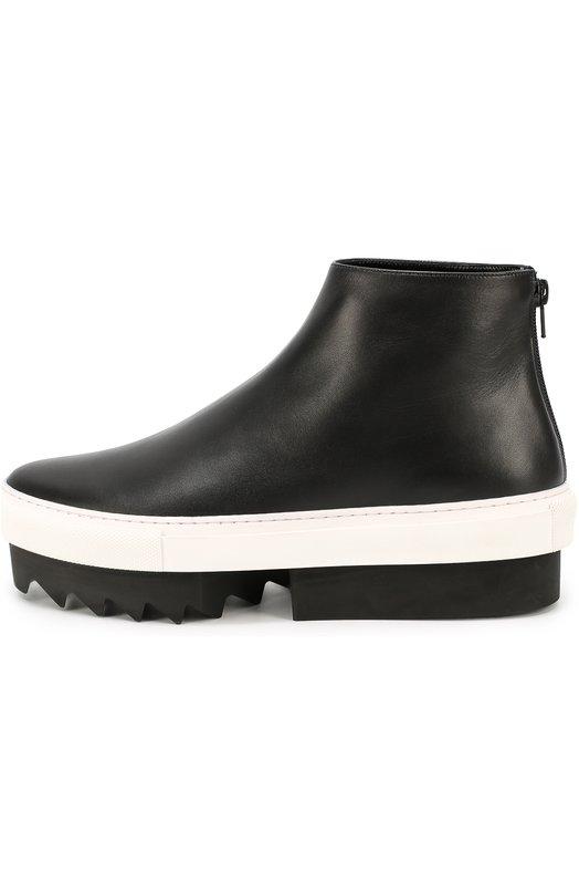 Кожаные кеды на высокой платформе GivenchyКеды<br>Мастера марки, основанной Юбером де Живанши, использовали для создания черных полусапог матовую мелкозерненую кожу. Модель с зауженным мысом вошла в коллекцию сезона осень-зима 2016 года. Обувь на двухкомпонентной монохромной платформе с глубоким протектором застегивается на молнию сзади.<br><br>Российский размер RU: 39<br>Пол: Женский<br>Возраст: Взрослый<br>Размер производителя vendor: 39-5<br>Материал: Кожа натуральная: 100%; Стелька-кожа: 100%; Подошва-резина: 100%;<br>Цвет: Черный